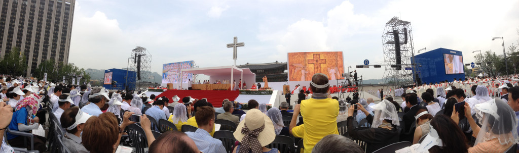 2014-08-16 Pope Francis Mass 132