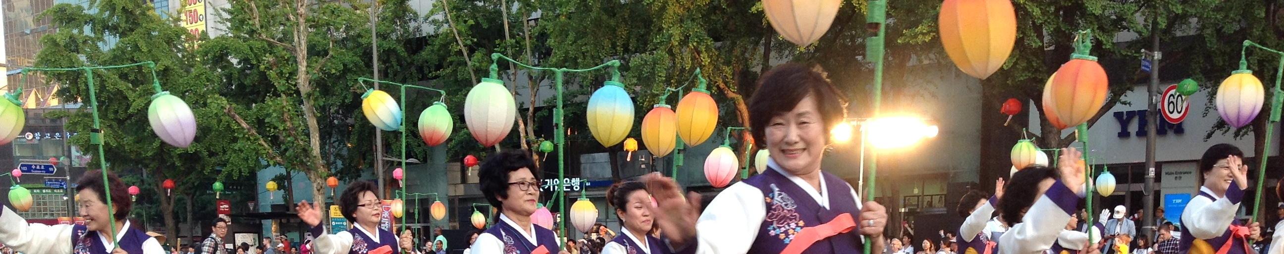 2015-05-16 Banner Lantern Parade 042
